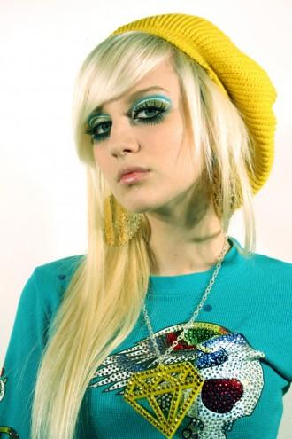 Blondemogirlhair330x495